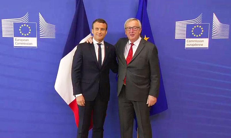 Президент Франции Эмманюэль Макрон и глава Еврокомиссии Жан-Клод Юнкер.