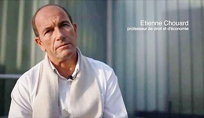 Преподаватель лицея в Марселе Этьен Шуар предложил реформировать, на его взгляд, чересчур элитарное общество.