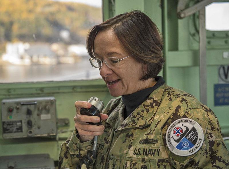 Командующая 6-м оперативным флотом ВМС США вице-адмирал Лайза Франчетти.