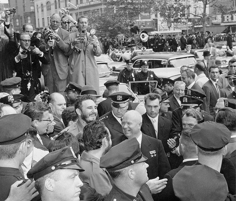 Встреча Никиты Хрущева и Фиделя Кастро в Гарлеме.