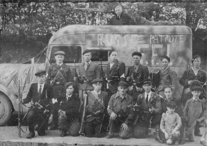 Очень многие советские солдаты влились в ряды макизаров (французский вариант партизан).