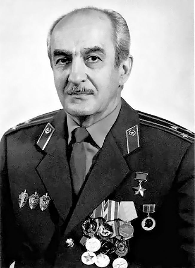 Полковник Службы внешней разведки России Геворк Андреевич Вартанян.