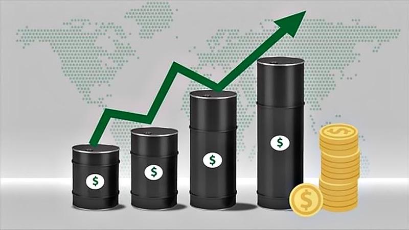 Сентябрьская волна спекулятивности на рынке углеводородов была связанна с атакой на саудовский НПЗ.