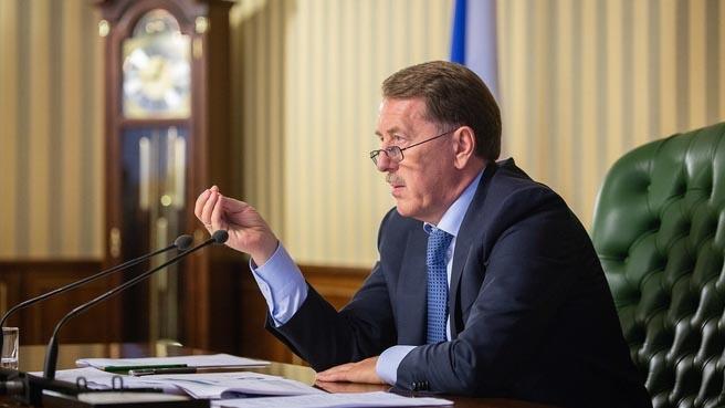 Вице-премьер РФ по вопросам природных ресурсов и экологии Алексей Гордеев сообщил, что готовится национальный план по адаптации экономики Парижским соглашениям.