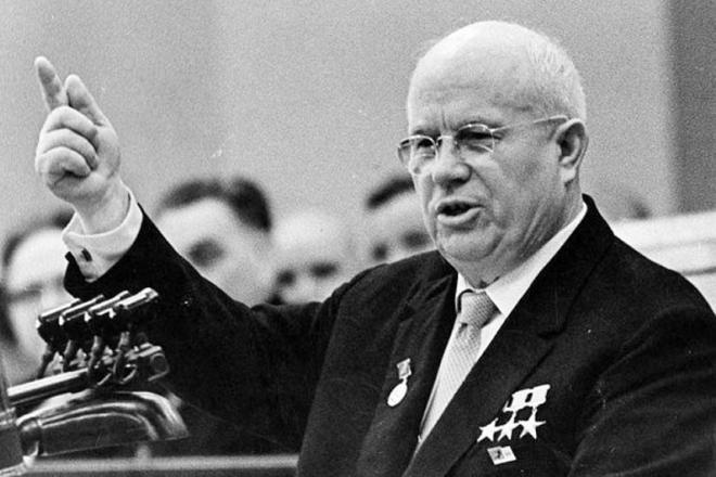 Хрущёв совершенно серьёзно отнёсся к возможности атаковать капиталистов из-под земли.