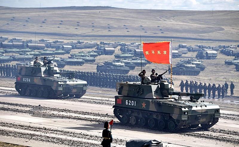Китайская армия приняла участие в российских военных манёврах «Восток-2018 и готовится участвовать в Параде Победы в Москве 24 июня 2020 г.