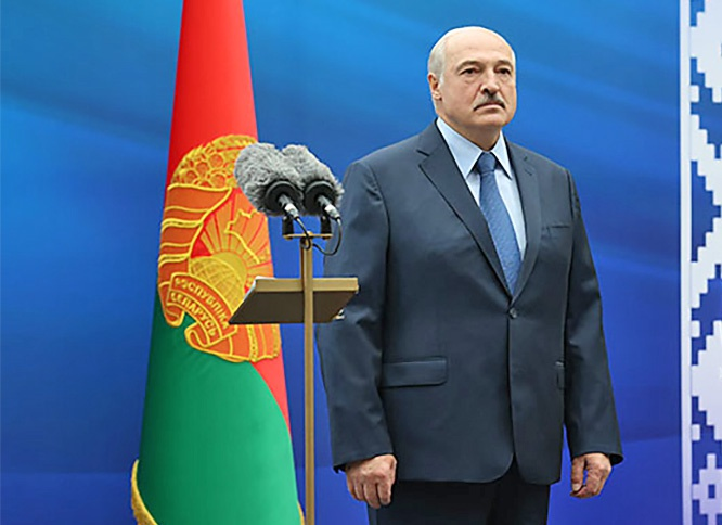 Лукашенко пообещал провести конституционную реформу и после неё новые выборы.