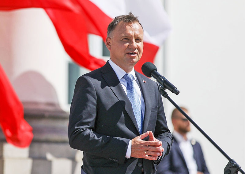 Президент Польши Анджей Дуда на пресс-конференции 30 июля заявил, что готов взять под своё крыло польских сепаратистов в Белоруссии.