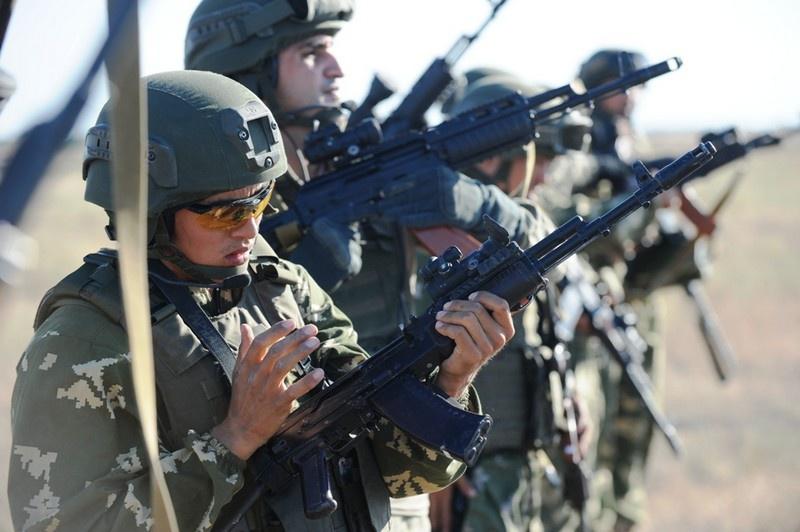 Действуют масштабные программы обучения офицеров казахстанских вооружённых сил в странах НАТО.