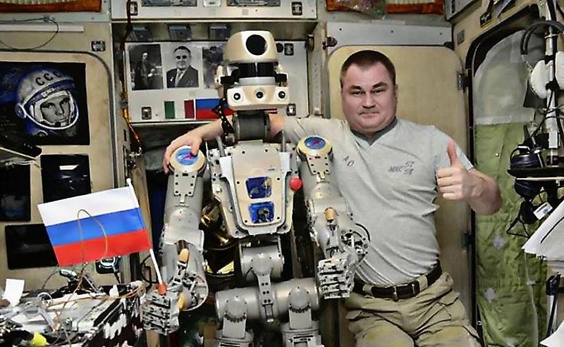 Самым знаменитым российским человекоподобным роботом стал андроид по имени Фёдор. В 2018 г. он слетал в космос и благополучно вернулся.